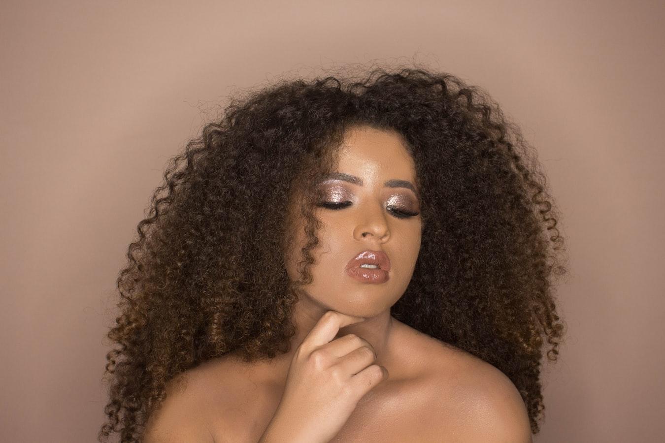 Pourquoi choisir un produit de beauté naturel pour les cheveux ?